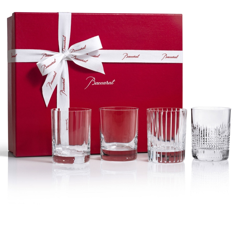 4 ELEMENTS set. 4 cocktails as served exclusively at the Baccarat Hotel New York inspired by the four elements that make the legendary Baccarat crystal. This box contains 4 tumblers: the PERFECTION, MONTAIGNE, NANCY and HARMONIE measuring 10.5 cm. Price €380
