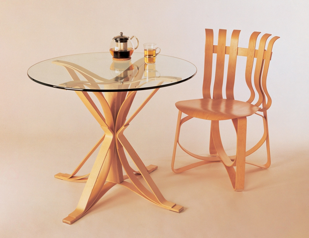FACE OFF TABLE BY FRANK GEHRY 1990