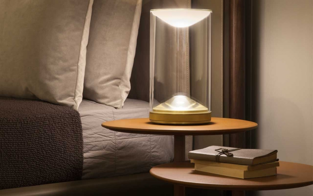 EVA table lamp for indirect lighting by FOSTER + PARTNERS