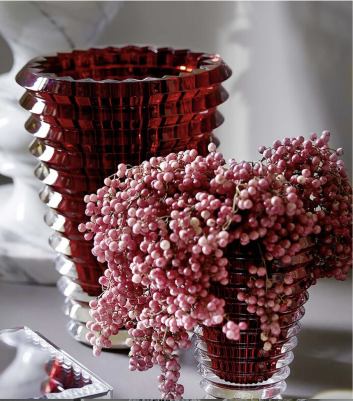 EYE VASE ROUND XL.  The wavy design of the crystal EYE vase comes from an extraordinary technique: exterior horizontal cuts and interior vertical cuts combine to produce a magic visual effect. Price from €9400 to €11 500.