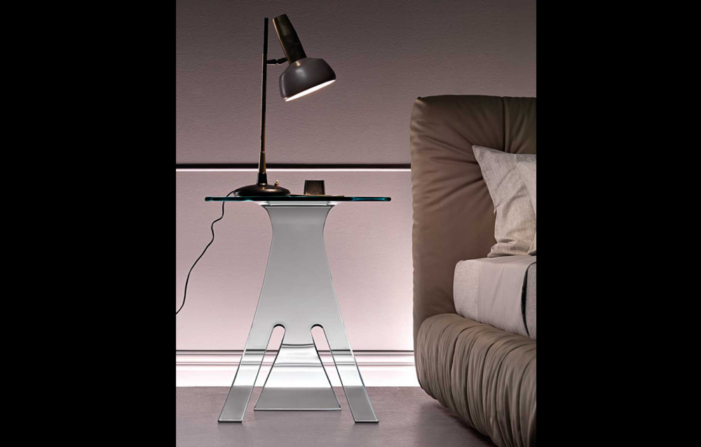 GRILLO BEDSIDE TABLE IN CURVED GLASS BY VITTORIO LIVI