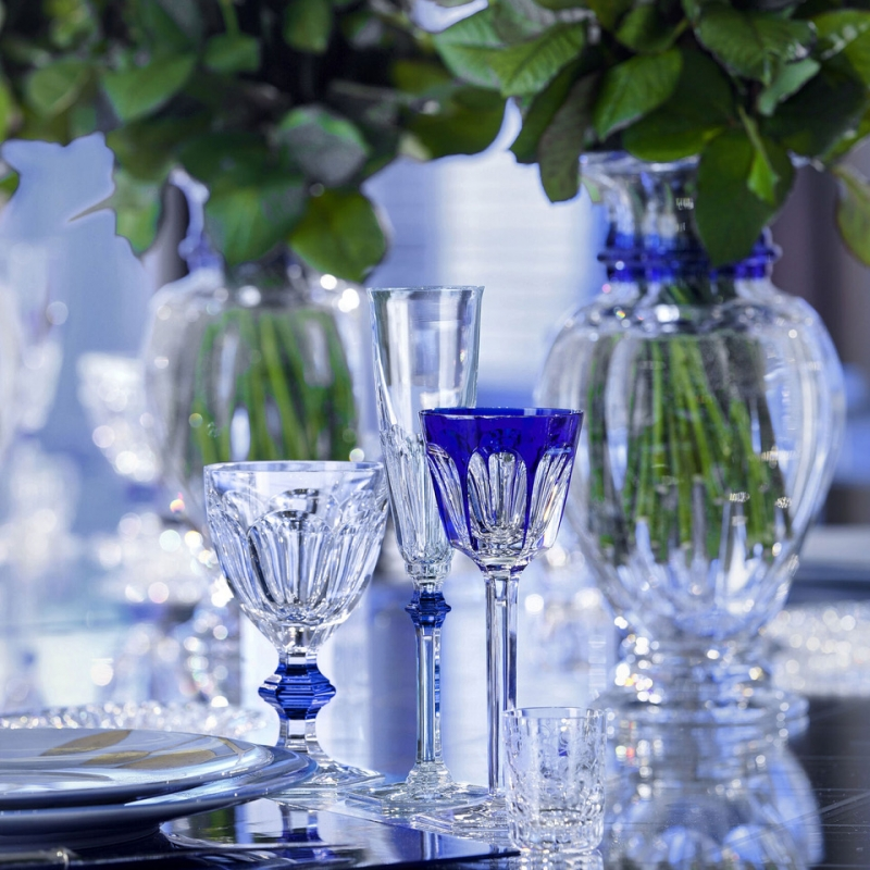 The HARCOURT 1841 collection, the oldest in the Baccarat archive, is reputed for its iconic design. Created in 1841, HARCOURT 1841 stemware has been chosen by historical icons from Pope John-Paul II to the Queen of Thailand and the King of Morocco.