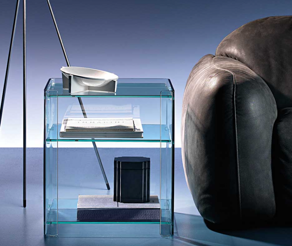 MILO SIDE TABLE IN CURVED GLASS BY ILARIA MARELLI