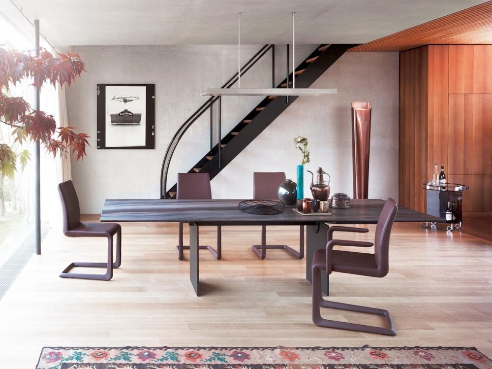 AN EXTENDABLE DINING TABLE ATLAS - DESIGNER GEORG APPELTSHAUSER