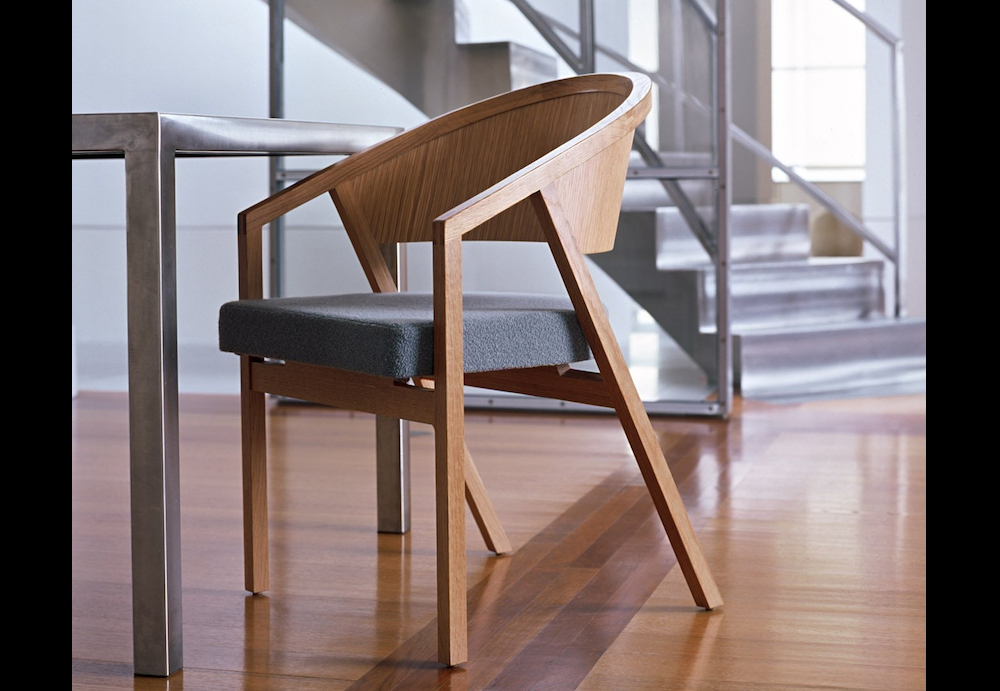 SHELTON MINDEL SIDE CHAIR BY PETER SHELTON AND LEE MINDEL 2006