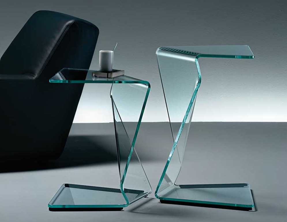 SIGMY COFFEE TABLE IN CURVED GLASS BY AQUILI ALBERG
