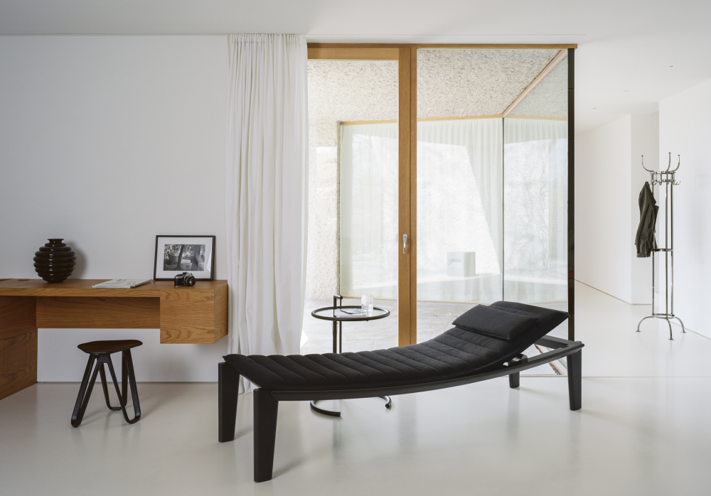 ULISSE DAYBED BY KONSTANTIN GRCIC 2016