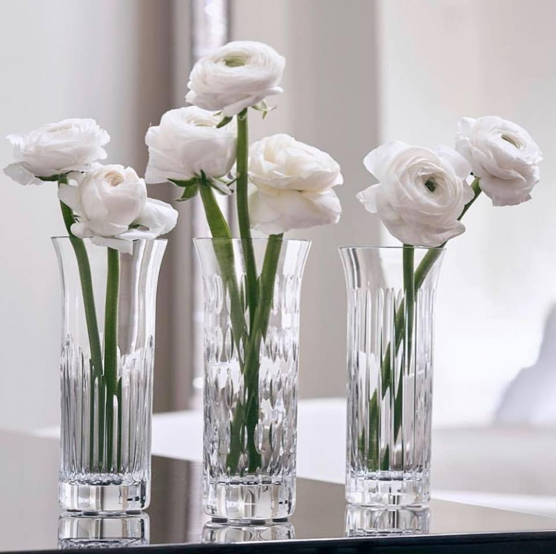 The FLORA vases set features three distinctive styles for a spectacular trio arrangement, or standalone floral designs.