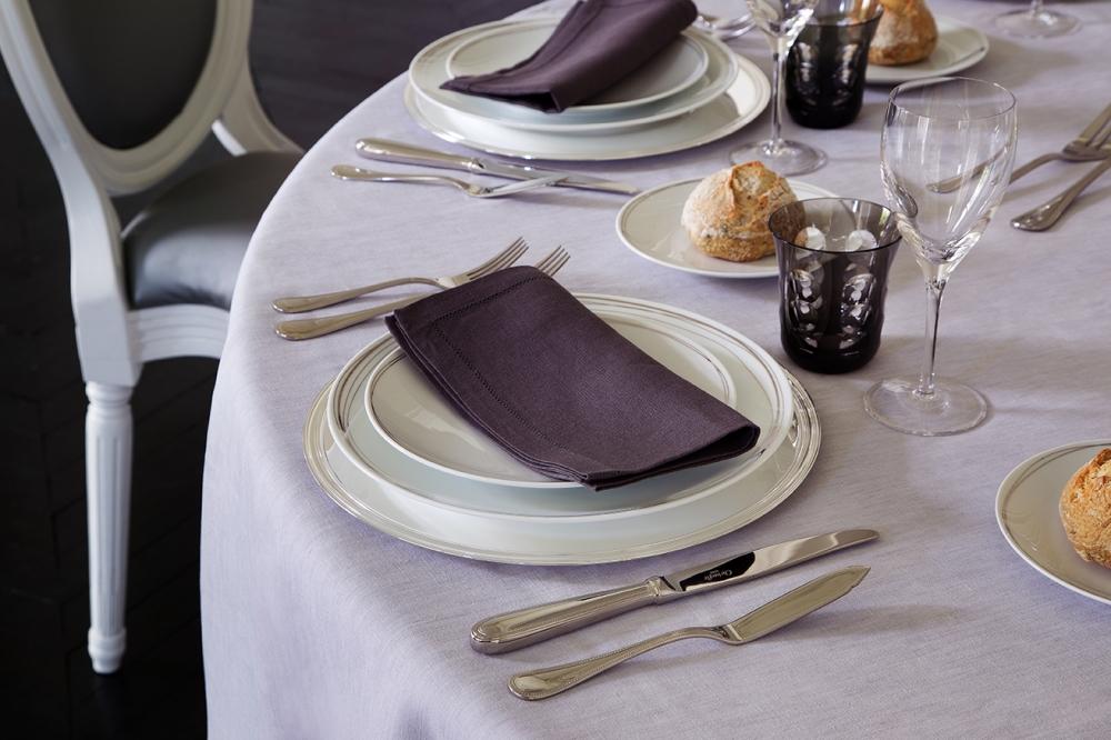 PORCELAIN PLATES VERTIGO - DESIGNER ANDRÈE PUTMAN; SILVER PLATED FLATWARE COLLECTION PERLES; WINE GLASSES ALBI; WATER GLASSES KAWALI
